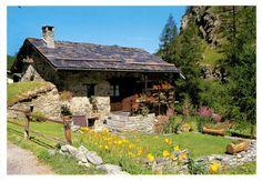 FRANCE .Rhône-Alpes \\ Une jolie maison a la montagne