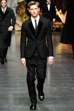 TRAVELLING WITH A HINT OF FASHION || fashionthroughtravel.blogspot.com: Romantic period menswear