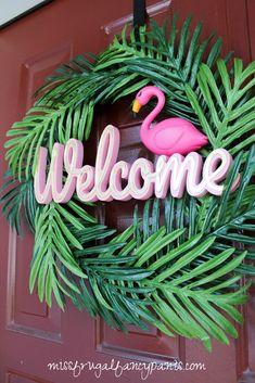 Lilly Pulitzer | Cabana Party | Flamingo Birthday Party | Flamingo Wreath | Tropical Wreath | missfrugalfancypants.com