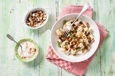 Pastasalade met yoghurt, baharat & aubergine - Recept - Allerhande