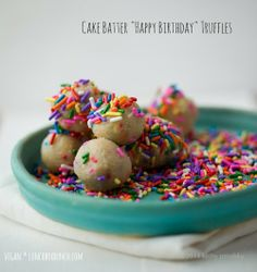 Looking for the perfect dessert to celebrate an upcoming birthday? These Cake Batter Truffles make super sweet finger food! Recipe here.