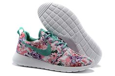 41 Best fashion sneakers images | Sneakers fashion, Nike