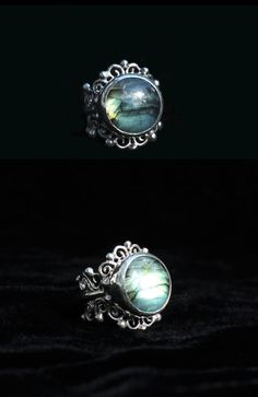 Sterling silver ring with Labradorite stone.