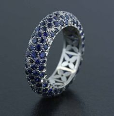 Sapphire, Diamond and Platinum Ring by James de Givenchy #Taffin #JamesdeGivenchy #Ring