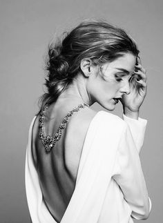 845252048423 Shop the Shoot Olivia Palermo x BaubleBar Holiday collection is here.
