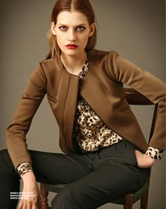 2 Red Leather, Leather Jacket, Gold, Jackets, Fashion, Studded Leather Jacket, Down Jackets, Moda, La Mode