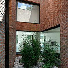 outdoor enclave house minimalist garden layout design