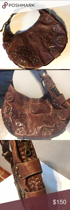 Brown leather hobo style purse Quality leather, extremely detailed, over the shoulder super sweet hand bag. Like new. Isabella Fiore Bags Hobos
