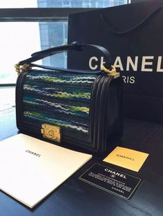 http://www.chics.pw/2016/12/23/chanel-tide-le-boy-custom-lanyards-woven-lambskin-edging-gradient/