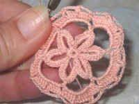 Gehäkeltes Osterei3 Easter Crochet, Pinterest Blog, Easter Eggs, Crochet Earrings, Knitting, Beagles, Patterns, Beautiful Things, Sun