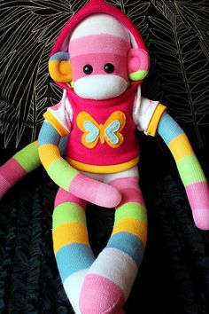 What an adorable sock monkey!!