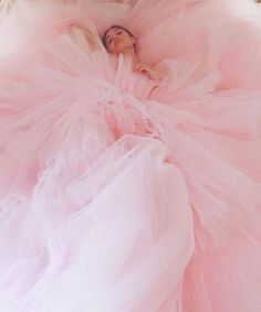 A fashion photograph featuring a pink tulle dress Fashion Shoot, Editorial Fashion, Fashion Fashion, Fashion Ideas, Fashion Beauty, Winter Fashion, Fashion Tips, Estilo Zendaya, Portrait Photography