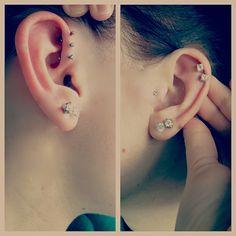 #earpiercings #earpiercing #ear #piercing #forwardtriplehelix #forward #triple #helix #doublecartilage #double #cartilage #tragus