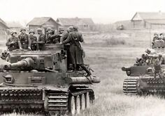 Tigers and infantry