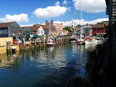 Newport Rhode Island is a beautiful and fun seaside town to explore in New England with the family.