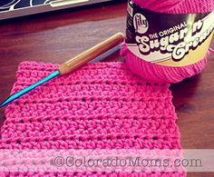 Post with videos on how to crochet. Takes you through the basics and a pattern to make a wash/dishcloth. #DIY #crochet #howto