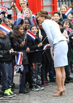 2016 OCT 11 - MARKS ROYAL MILESTONE WITH 1ST OVERSEA SOLO TRIP TO THE NETHERLAND - KATE