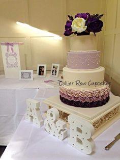 outstanding wedding cake stand