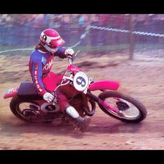Marty Smith on his way to his 3rd National Motocross Championship in 1977- Jim Gianatsis photo #Legend #FirstAmercanMotocrossStar #RideRed #Motocross #70sMoto