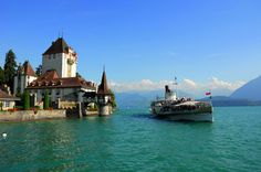 This week's Round T(r)ip is the «Lake & Castle Cruise» on Lake Thun. ‪#‎SwissGrandTour‬
