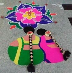 effect for any rangoli design is very attractive and so nice. Here are the 9 best Rangoli Designs that have become very popular in 2019 Easy Rangoli Designs Videos, Rangoli Designs Latest, Latest Rangoli, Rangoli Designs Flower, Small Rangoli Design, Rangoli Patterns, Rangoli Ideas, Rangoli Designs Diwali, Rangoli Designs With Dots