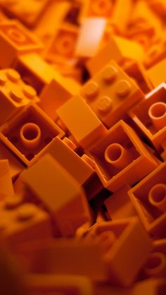 Orange Lego iPhone 5 Wallpaper