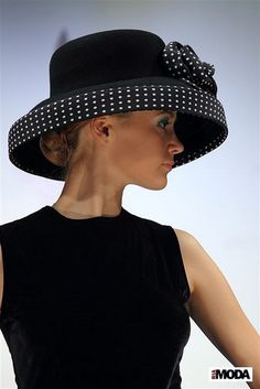 Crazy Hat Baseball Cap - Brown Straw Hat - Cowboy Hat And Boots - Fascinator Hat Rose Stylish Hats, Church Hats, Fancy Hats, Kentucky Derby Hats, Wearing A Hat, Glamour, Love Hat, Hat Hairstyles, Turbans