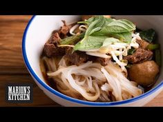 How to make Thai Beef Noodle Soup.just like the steaming bowls of Thai street food noodle soup. Marion's step by step guide to getting an aromatic and deep. Kitchen Recipes, Soup Recipes, Cooking Recipes, Dinner Recipes, Asian Recipes, Healthy Recipes, Ethnic Recipes, Asian Foods, Delicious Recipes