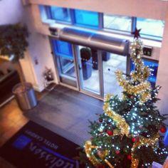 Decorations all up at #RadissonBlu Hotel, #Cardiff in Wales http://www.radissonblu.co.uk/hotel-cardiff