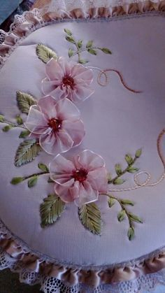 Wonderful Ribbon Embroidery Flowers by Hand Ideas. Enchanting Ribbon Embroidery Flowers by Hand Ideas. Ribbon Embroidery Tutorial, Hand Embroidery Stitches, Silk Ribbon Embroidery, Hand Embroidery Designs, Embroidery Patterns, Ribbon Art, Ribbon Crafts, Ribbon Flower, Handmade Flowers