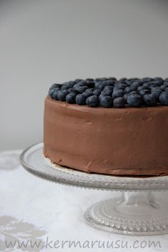Kermaruusu: Suklaa-mustikkakakku (gluteeniton) Blueberry Cake, Gluten Free Recipes, Chocolate Cake, Tiramisu, Bakery, Food And Drink, Homemade, Fruit, Sweet