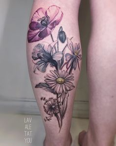 Lavale is a professional tattoo artist based in UK. Specializes in Avant Garde tattoos: watercolour, painted effect, illustration style, dotwork and much more. Daffodil Tattoo, Poppies Tattoo, Flower Tattoos, Daisy, Professional Tattoo, Trendy Tattoos, Daffodils, Tattoo Artists, Tatoos