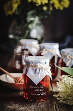 Bazový med a zázvorové lievance - recept od Coolinári Organic, Table Decorations, Blog, Blogging, Dinner Table Decorations