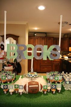 If GT doesnt want a football party at some point, Ill use for a watch party! Check out the website to see Football Birthday, Sports Birthday, First Birthday Parties, Birthday Party Themes, Birthday Ideas, Football Wedding, 7th Birthday, Football Themes, Football Parties