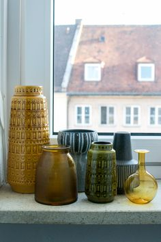 Collector vs. Hoarder: Vintage Ceramics