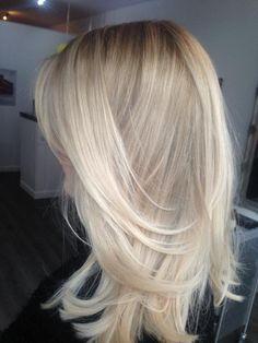 Blonde Hair Looks, Brown Blonde Hair, Blonde Foils, Hair Color Guide, Bright Blonde, Hair Dye Colors, Mi Long, Balayage Hair, Hair Inspo