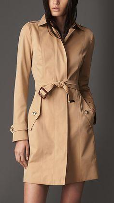 Burberry ロング・コットンギャバジン・トレンチコート / Classic Trench Coat on ShopStyle