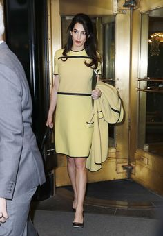 23 Times Amal Clooney Absolutely Nailed The Corporate Chic Brief Amal Clooney, George Clooney, Stylish Office Wear, Look Office, Office Looks, Casual Office, Office Outfits Women, Office Fashion Women, Work Fashion