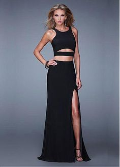 Shop prom dresses and evening gowns at Simply Dresses. Search for your prom gowns, evening dress, or cocktail and homecoming party dress. Two Piece Formal Dresses, Formal Gowns, Nice Dresses, Long Dresses, Long Gowns, Amazing Dresses, Formal Wear, Carlo Giovanni, Dresser