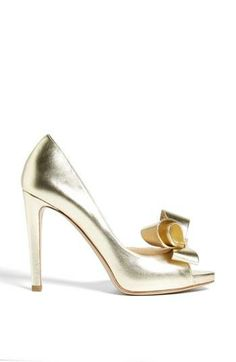 Oh, that bow... Want this gold Valentino pump!