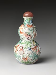 Snuff Bottle | China | Qing dynasty (1644–1911), Qianlong period (1736–95) | The Met