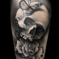 Here is a list of 50 Skull Tattoo Designs for Men. I hope you will like These Skull Tattoo Designs. When we are talking about Skull Tattoo Designs for men, one must ensure that he has chosen the right place for tattooing. Tattoos Masculinas, Bild Tattoos, Great Tattoos, Beautiful Tattoos, Body Art Tattoos, Sleeve Tattoos, Awesome Tattoos, Tatoos, Pretty Skull Tattoos