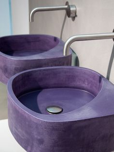 Wandgehängtes Waschbecken aus Beton von Moab 80 in trendigem Design - Decor Purple Home, Interior Design, Purple Bathrooms, Bright Bathrooms, All Things Purple, Purple Stuff, Purple Kitchen, Concrete Sink, Modern Home Design