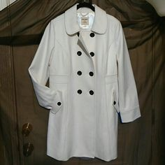🎁$25 OLD NAVY WARM COAT 🎁 NWT BUNDLE & SAVE MORE MULTI BUTTON WITH 2 POCKETS CLASSY WARM WOOL COAT Old Navy Jackets & Coats Pea Coats