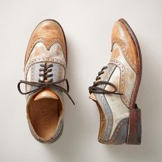 oxford shoes Hand-finished with a wash of color, these Oxfords take a post-modern spin on a classic look.Hand-finished with a wash of color, these Oxfords take a post-modern spin on a classic look. Sock Shoes, Cute Shoes, Me Too Shoes, Shoe Boots, Ankle Boots, Shoes 2018, Prom Shoes, Wedding Shoes, Dress Shoes