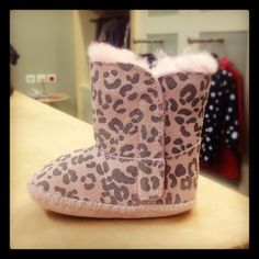 ugg boots gold coast #cybermonday #deals #uggs #boots #female #uggaustralia #outfits #uggoutlet ugg australia UGG Australia for babies ugg outlet