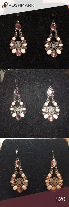 Beautiful pink bling dangle earrings fashionable Gorgeous Brittney Spears dangle bling Candie's Jewelry Earrings