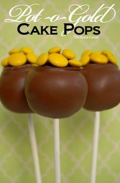 Easy St. Patrick's Day Pot of Gold Cake Pops #2014 #st #patricks #desserts www.loveitsomuch.com