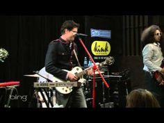 "Mayer Hawthorne ""The Walk"" (another live clip)"