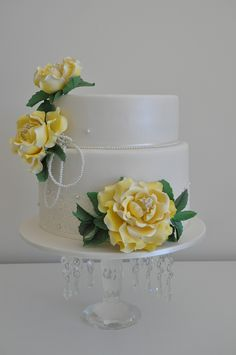 Beautiful Macaroon Wedding Cake